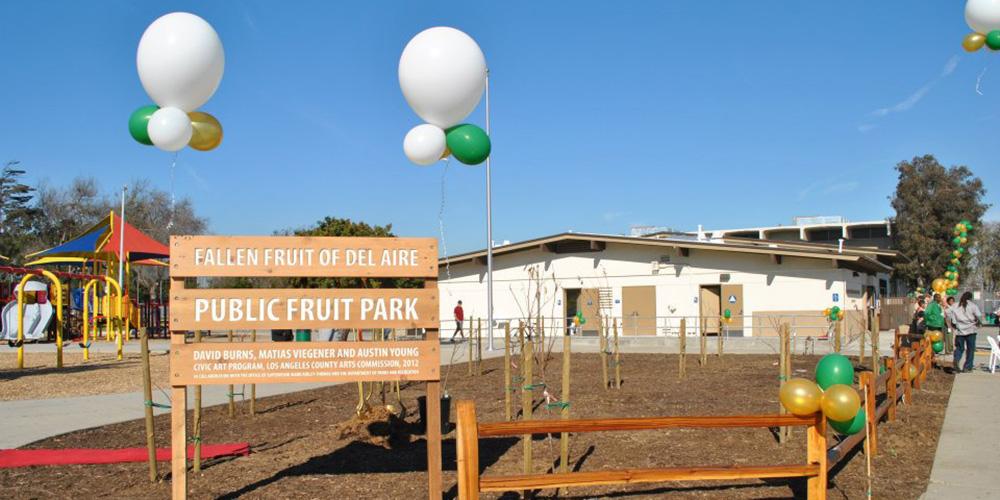 Fallen Fruit (David Burns, Matias Viegener and Austin Young), Del Aire Public Fruit Park, 2012. Image courtesy of the artists.