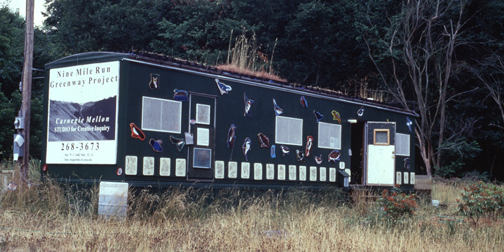 The Nine Mile Run Greenway Project trailer, an onsite classroom and community meeting space. Used as a site of eco-material experiments and as a platform for evolving public expression and interrogation. Images courtesy of the STUDIO for Creative Inquiry, Carnegie Mellon University and the Nine Mile Run Greenway Project Team.