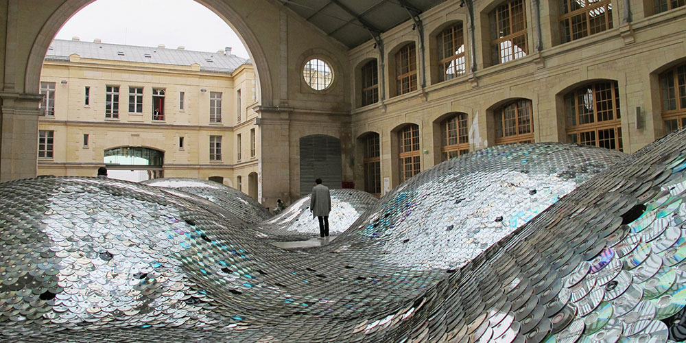 Clémence Eliard and Elise Morin, Waste Landscape, 2011-12. Le Centquatre, Paris, France. Image courtesy of Martin Eliard and the artists.