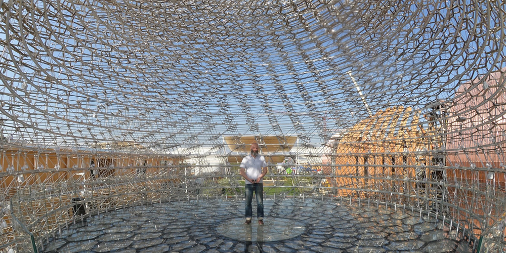 Wolfgang Buttress at UK Pavilion 2015 Milan Expo, The Hive. Image courtesy the Artist.